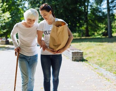 Benefits of Volunteering for Older Adults in Roseville, CA