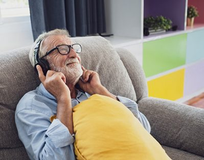 Advantages of Music for Older Adults with Alzheimer's in Roseville, CA