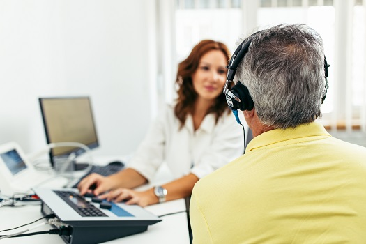 How to Address an Aging Loved One's Hearing Loss in Roseville, CA