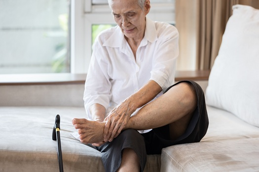 Tips for Aging Adults to Prevent Plantar Fasciitis in Roseville, CA
