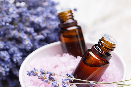 How to Use Aromatherapy to Soothe Alzheimer's Symptoms in Roseville, CA
